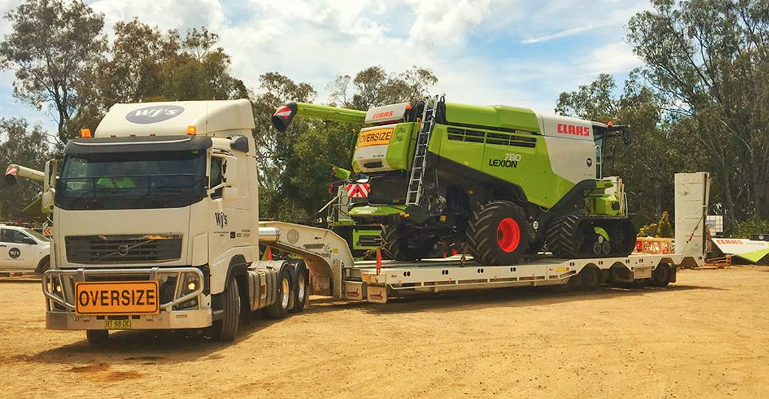 Another CLAAS Lexion 780TT Combine leaving the WJ Matthews